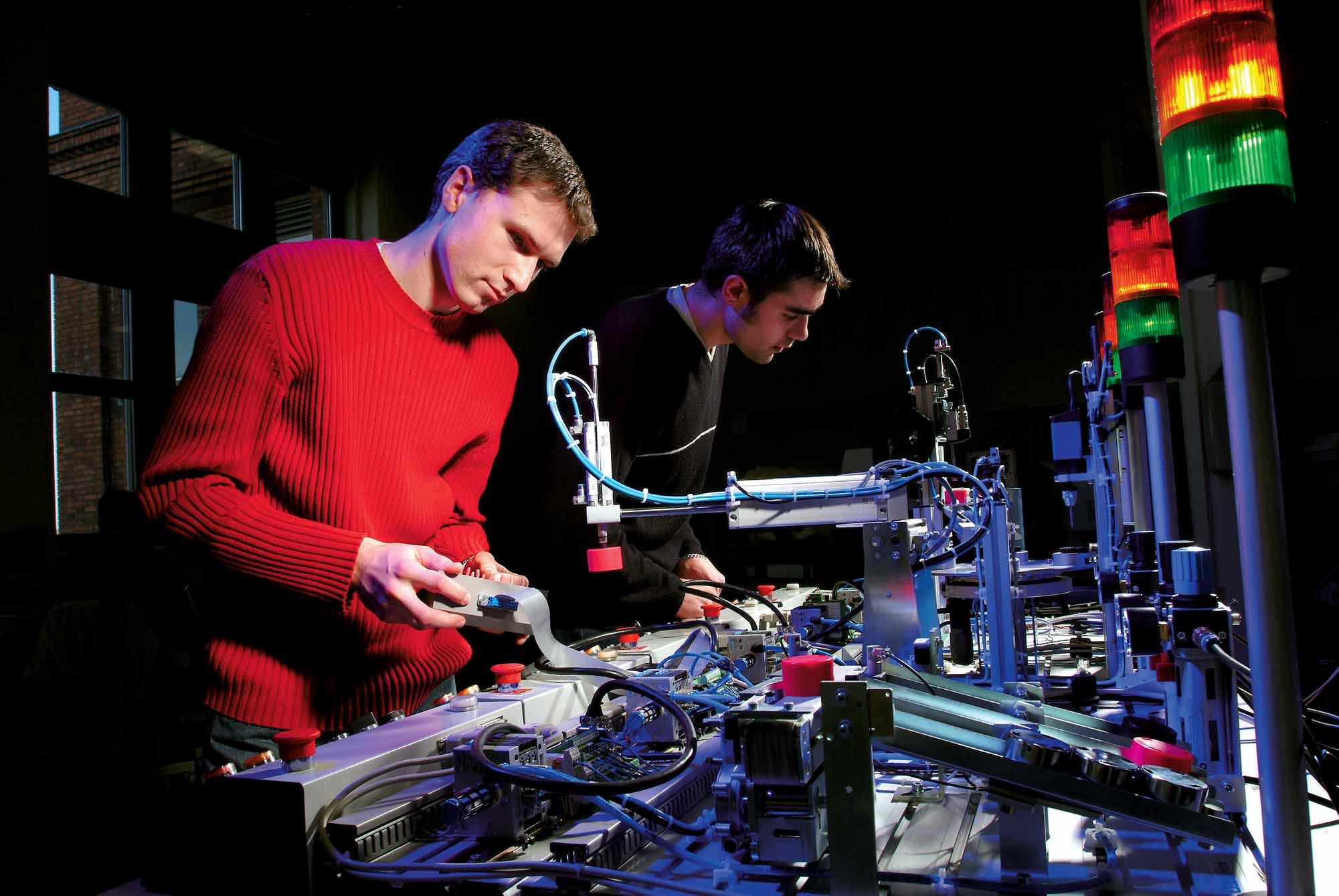 UTBM - étudiants ingénieur recherche laboratoire
