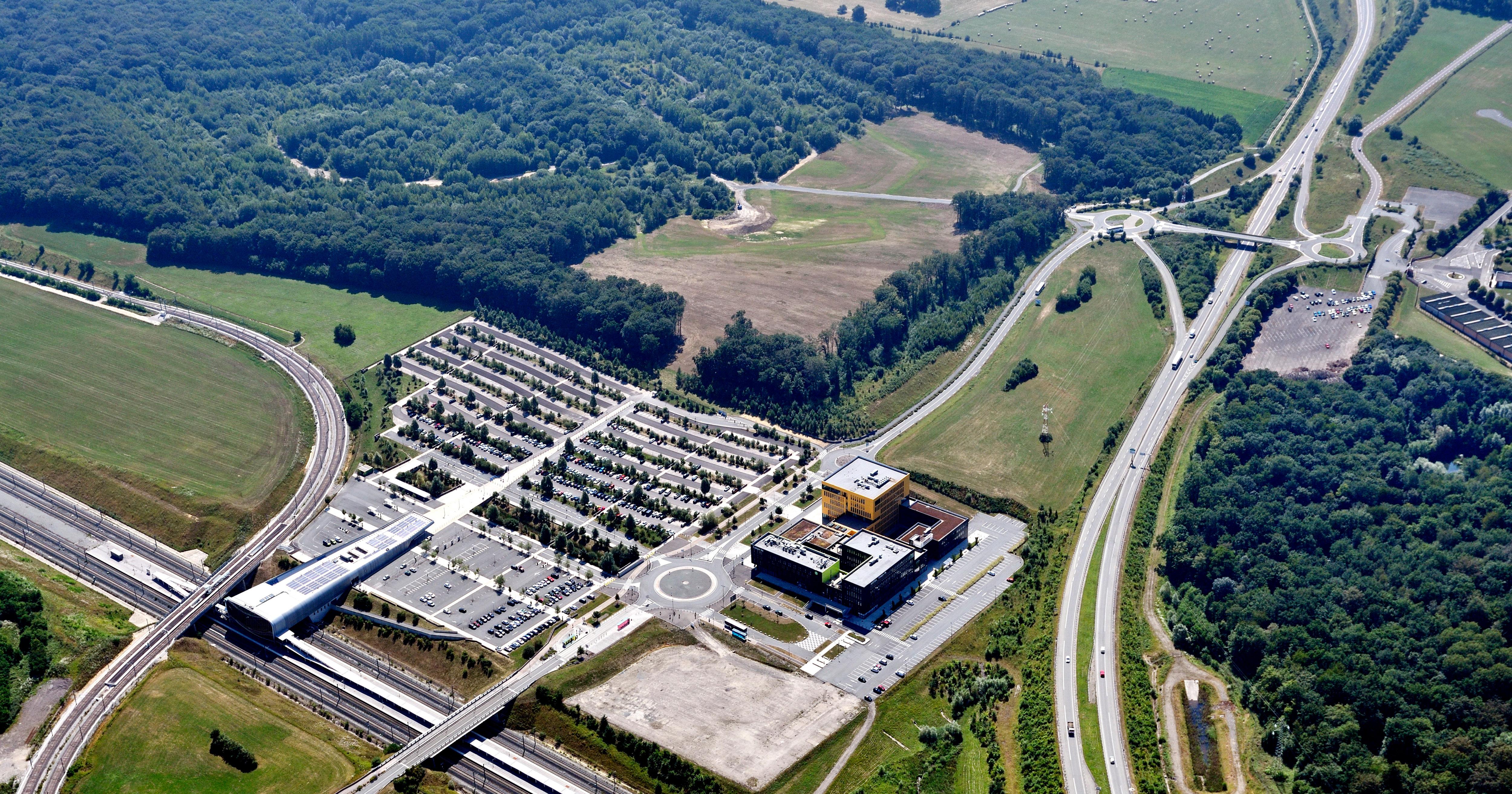 Jonxion 1 - centre d'affaires à côté de la gare TGV Belfort Montbéliard