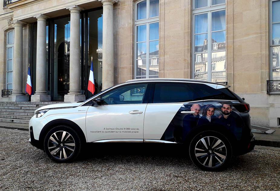Peugeot 3008 à l'exposition Fabriqué en France - Elysée